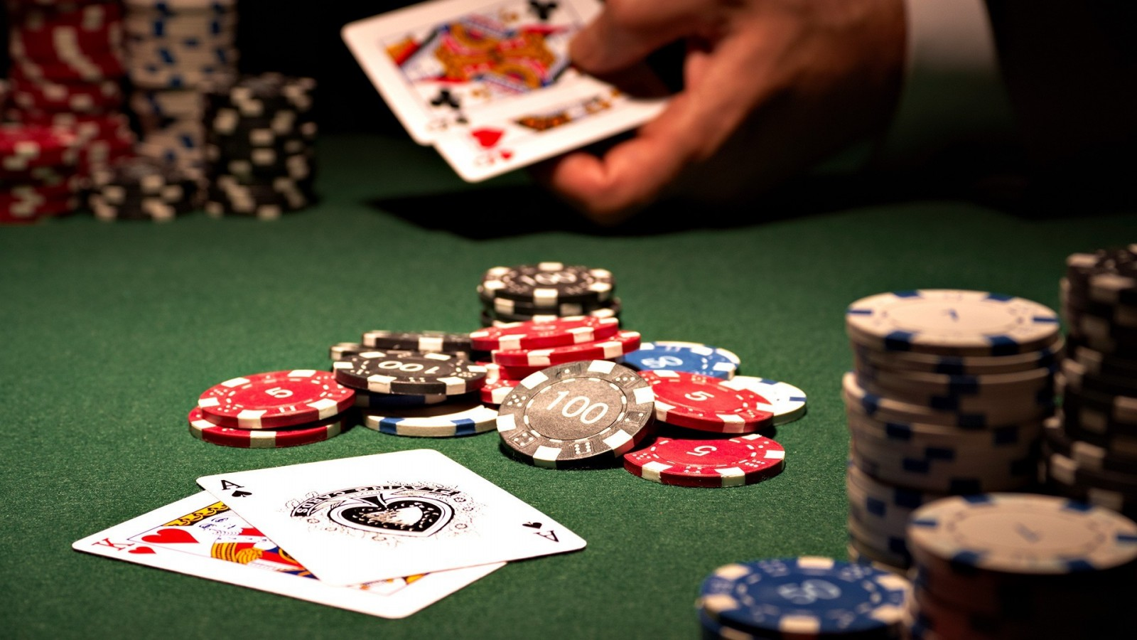 Be The First To Learn What The Specialists Are Saying About Gambling Tips